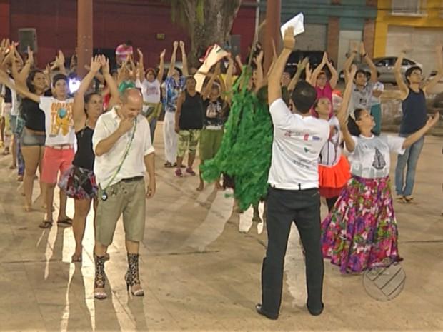 ensaios para o Auto do Círio na Praça do carmo (Foto: Reprodução/TV Liberal)