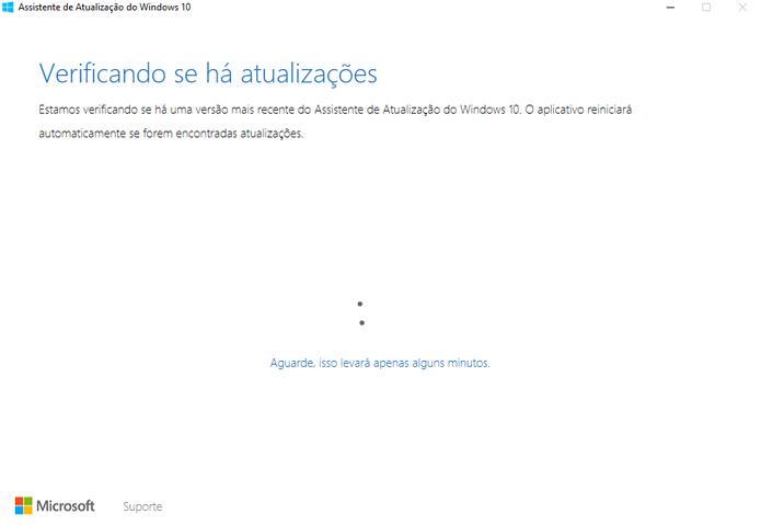 Instalador baixa e instala sistema operacional normalmente (Foto: Reprodução/Microsoft)
