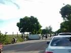 Van escolar capota e 23 crianças ficam feridas em Carapebus, no RJ