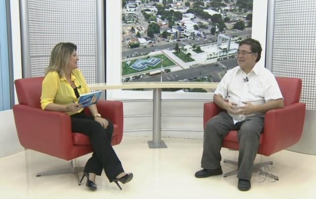 Telespectadores do programa tiraram dúvidas diretamente com o Infectologista (Foto: Roraima TV)