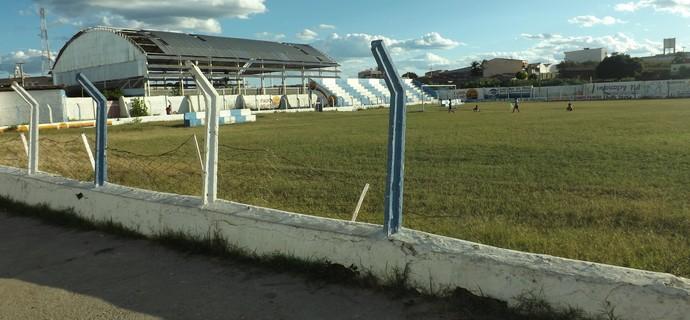 Estádio Zezão, Itaporanga, Cruzeiro de Itaporanga (Foto: Hévilla Wanderley / GloboEsporte.com/pb)
