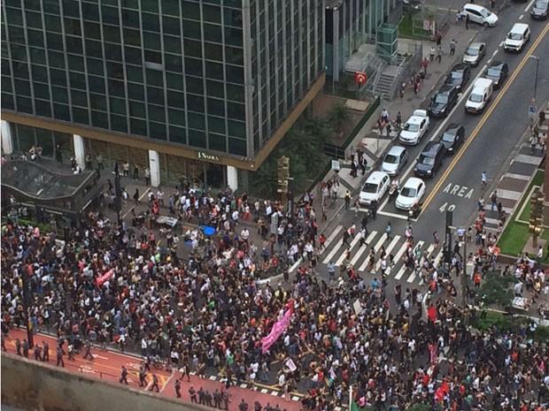 Ato de estudantes na Avenida Paulista, nesta quarta-feira (9) (Foto: Carolina Freitas/Arquivo Pessoal)