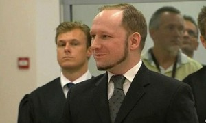 Noruegueses voltam a ilha 4 anos após massacre que deixou 69 mortos