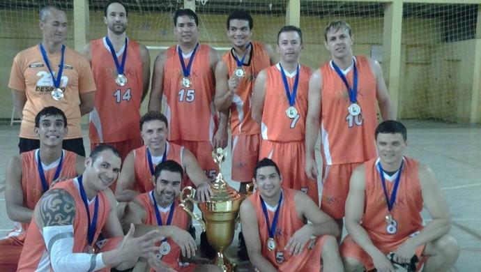 Park Fitness campeã acreana de basquete adulto masculino 2013 (Foto: Divulgação/Feab)
