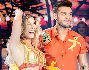 Lucas Lucco com a finalista Lorena Improta (Foto: Crédito: Globo / Ramón Vasconcelos)