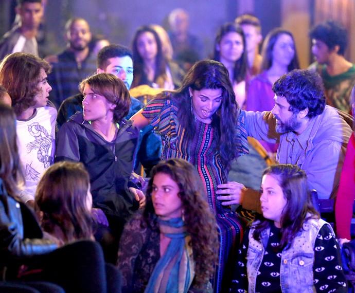 Geral fica em pânico com a situação (Foto: Isabella Pinheiro/Gshow)