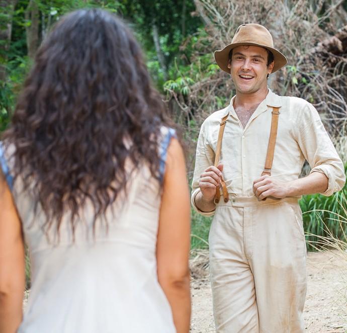 Candinho é apaixonado por Filó (Foto: Artur Meninea/Gshow)