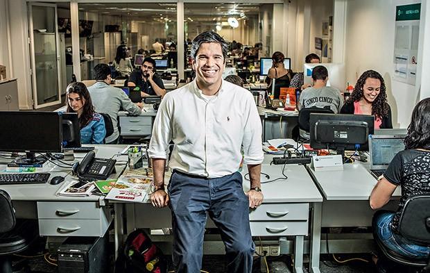 """Antonio Leite, CEO do braço de franquias do Grupo Trigo, no escritório da empresa, no Rio: """"Mudamos a estrutura da companhia, e os gestores começaram a se sentir donos do negócio. Isso agiliza a tomada de decisões"""" (Foto: Eduardo Zappia)"""