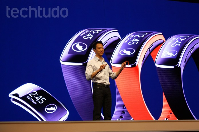 Galaxy Gear Fit, da Samsung (Foto: Allan Melo / TechTudo)