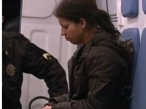 Mulher confessou o crime na madrugada de terça-feira (10) (Foto: Reprodução / RPC TV)