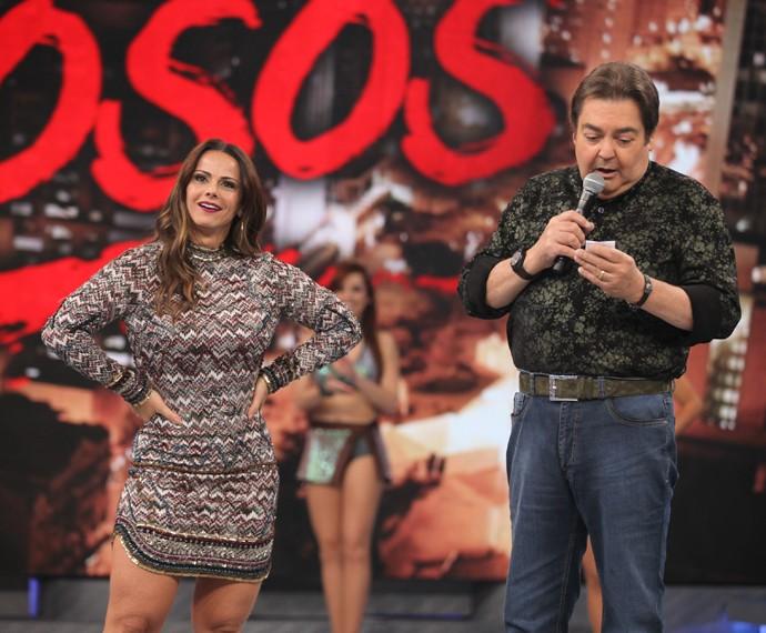 Viviane Araújo vai mostrar seu samba no pé do Dança (Foto: Fabiano Battaglin / Gshow)