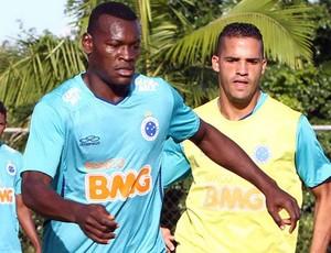 Paulão valoriza sistema ofensivo do Cruzeiro (Foto: Washington Alves / Vipcomm)