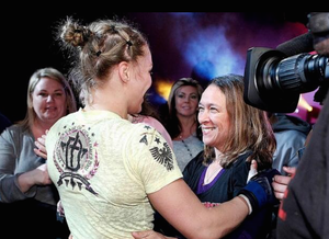 Ronda Rousey, AnnMaria DeMars (Foto: Reprodução/Facebook)