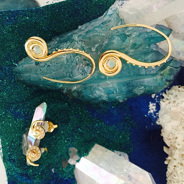 Eugenie Niarchos, Venyx, Earrings from Oseanyx collection  (Foto: Divulgação)