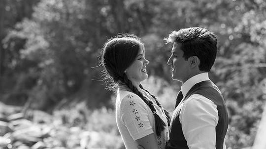 Camila Queiroz e Klebber Toledo se divertem nos bastidores da nova novela das 6; vídeo!