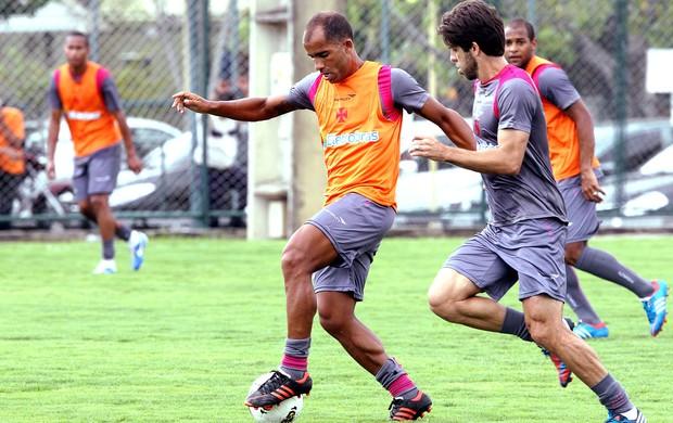 Felipe no treino do Vasco (Foto: Cezar Loureiro / Agência O Globo)