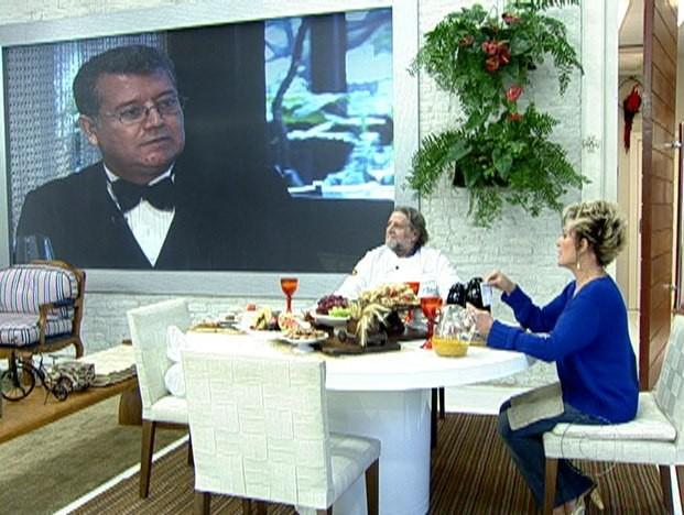 Roberto Ravioli comenta a dificuldade de encontrar um bom garçom (Foto: Mais Você / TV Globo)