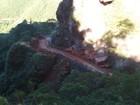 Desmoronamento de pedras interdita SC-370, na Serra do Corvo Branco