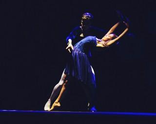 Apresentação acontece neste sábado (14), às 20h (Foto: Vinicius Melo/ Divulgação Teatro Celso Peçanha)