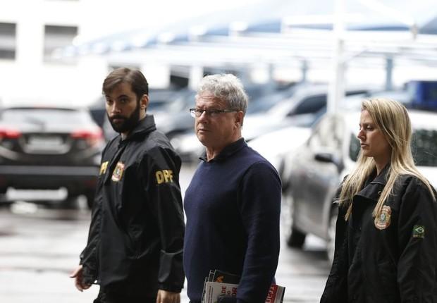 Empresário Jacob Barata Filho é preso durante Operação Ponto Final da PF (Foto: Tânia Rêgo/Agência Brasil)