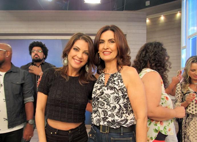 A escritora Thalita Rebouças com a Fátima  (Foto: Carolina Morgado/Gshow)