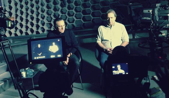 Galvão Bueno e Reginaldo Leme na gravação do documentário sobre Ayrton Senna (Foto: Alfredo Bokel)
