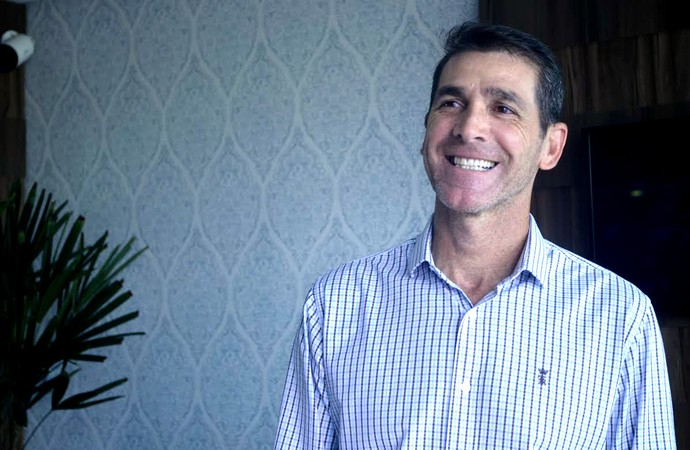 Luciano Dias, técnico, Sergipe (Foto: Osmar Rios / GloboEsporte.com)