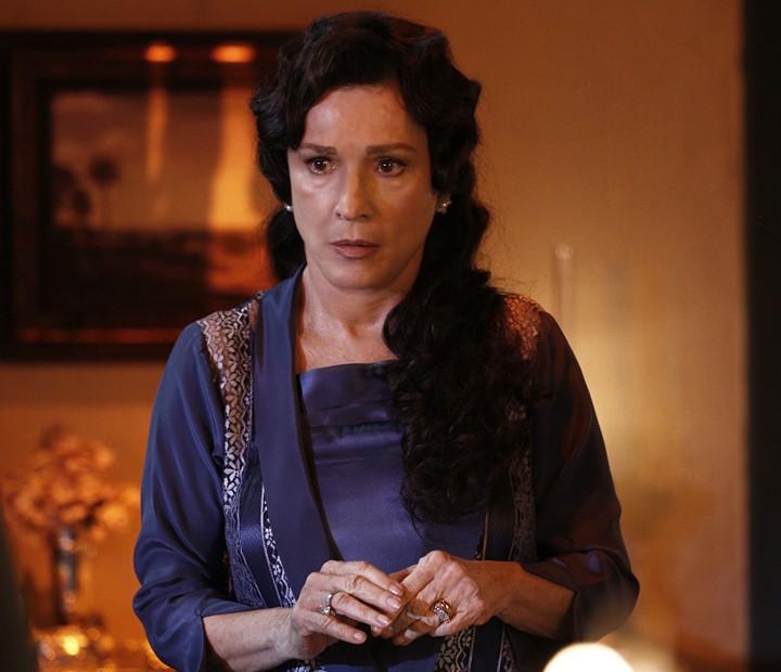 Natália do Vale grava participação como baronesa rica e submissa (Foto: Inácio Moraes/Gshow)