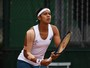 Em Roland Garros, Teliana vence irmã de top 20 e enfrenta Serena Williams