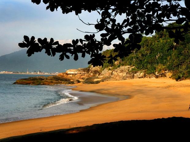 Praia de Joana é um dos grandes atrativos da cidade. (Foto: Prefeitura/Cézar Fernandes)
