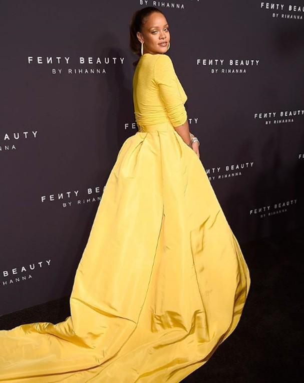 Rihanna durante o lançamento da linha, em Nova York (Foto: Reprodução Instagram)
