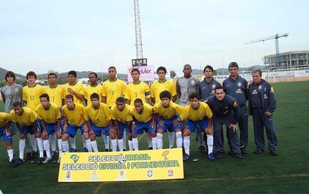 Geovane seleção brasileira de base (Foto: Divulgação / Arquivo Pessoal)