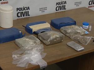 Apreensão drogas Juiz de Fora (Foto: Reprodução/TV Integração)