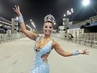 Com joia de 30 mil, Cinthia Santos arrasa em ensaio técnico de São Paulo