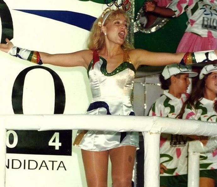 Angélica animada em desfile no Carnaval (Foto: Arquivo Pessoal)