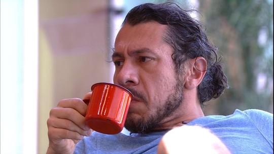 Rômulo comenta sobre Vivian e Emilly: 'Hostilidade que menos compreendo'