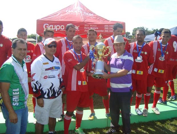 Taquari comemora título da Regional I do Copão Comunitário de Futebol (Foto: Divulgação/Assessoria PMRB)