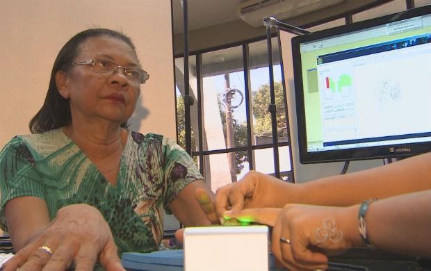 Cadastramento biométrico no TRE-AP (Foto: Reprodução/TV Amapá)