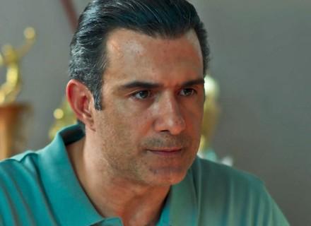 Ricardo decide fazer teste de paternidade para descobrir se é pai de Joana