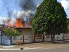'Destruiu 90% da história', diz prefeito sobre incêndio em Pedra Branca