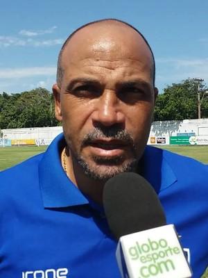 Fábio Henrique, técnico do Vitória-ES (Foto: Richard Pinheiro/GloboEsporte.com)