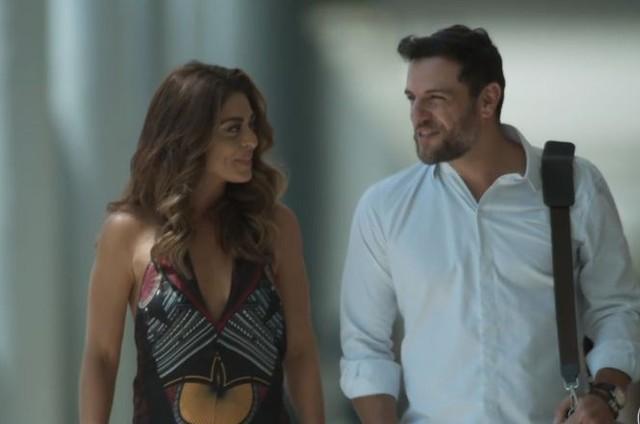 Juliana Paes e Rodrigo Lombardi no final feliz de Bibi e Caio em 'A força do querer' (Foto: Reprodução)