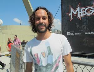 Gabriel Pensador compareceu ao Sambódromo para torcer por Bob Burnquist (Foto: Carol Fontes/Globoesporte.com)
