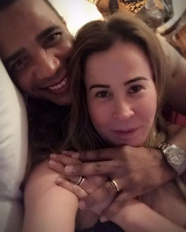 Zilu e o noivo, Marco (Foto: Reprodução/Instagram)