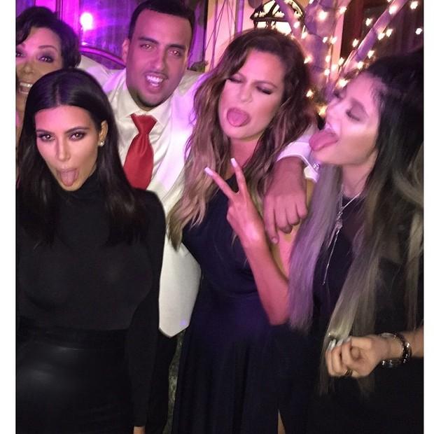 Kris Jenner, Kim Kardashian, French Montana, Khloe Kardashian e Kylie Jenner em festa (Foto: Instagram/ Reprodução)