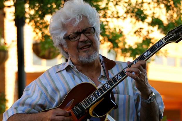 O guitarrista Larry Coryell (Foto: Divulgação)