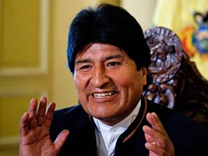 O presidente da Bolívia, Evo Morales, no Palácio Presidencial em La Paz. (Foto: David Mercado / Reuters)