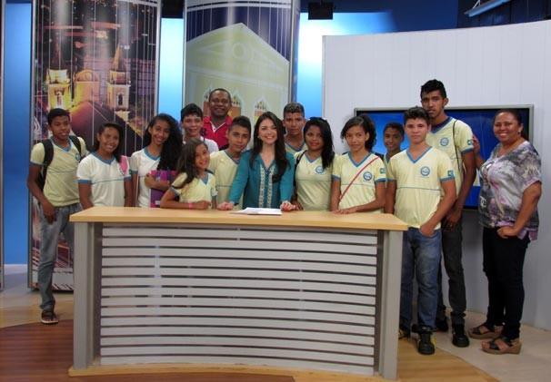 TV Clube recebe alunos da escola Professor Tarciso (Foto: Katylenin França/TV Clube)