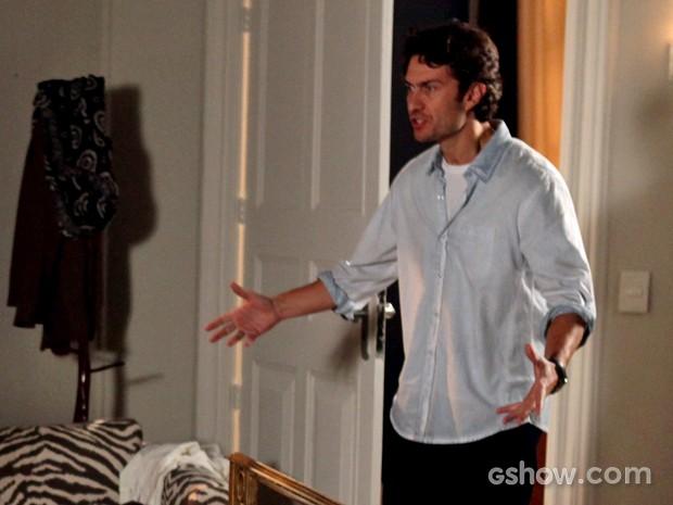 Flautista se estressa com a mãe (Foto: Pedro Curi/ TV Globo)
