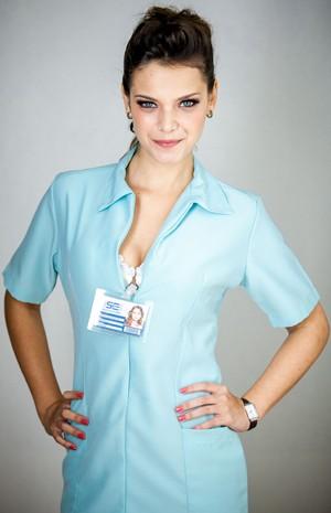 Milena Toscano participa de seriado na pele de enfermeira sexy (Foto: Divulgação / Rede Globo)